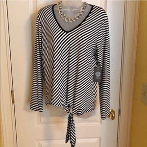 Vince Camuto Tops - Black White Top VINCE CAMUTO Diagonal Tie Front
